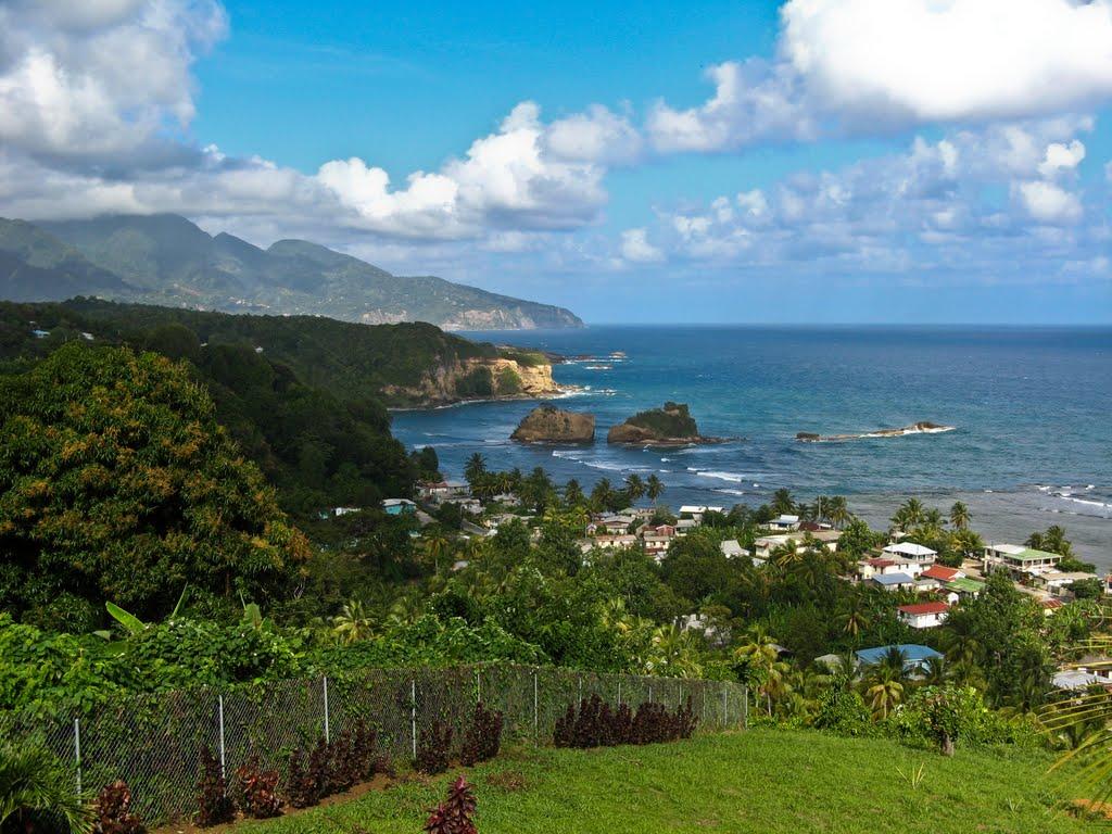 دومينيكا الطبيعة بأبهى حللها