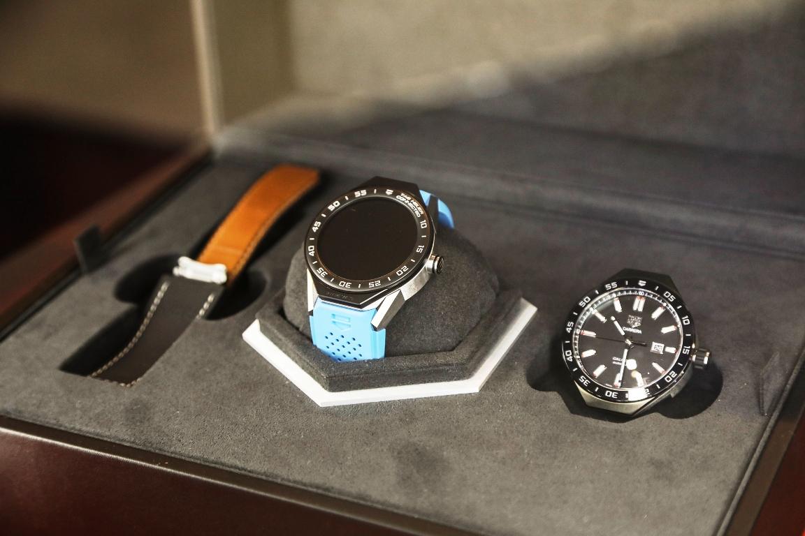 تاغ هوير تطلق ساعة مبتكرة وفريدة من نوعها تحتفي بحداثة وريادة دبي