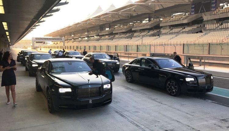 شركة أبوظبي موتورز تكشف عن رولز رويس داون بلاك بادج الجديدة كليًا في مرسى ياس