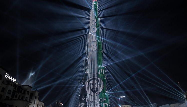 برج خليفة يسجل رقماً قياسياً جديداً