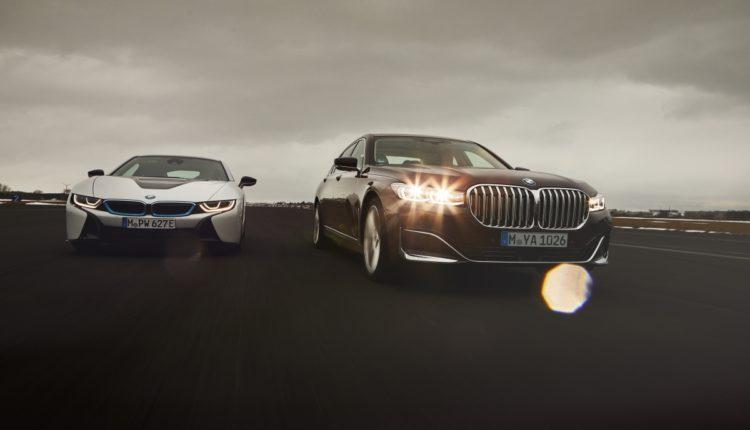محرك طولاني سداسي الأسطوانات -BMW