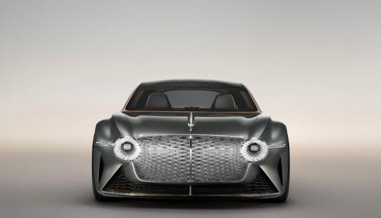 بنتلي تعيد صياغة مفهوم سيارات المستقبل الفاخرة عبر طرازها الاستثنائي BENTLEY EXP 100 GT