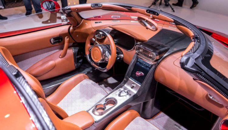 Koenigsegg Regera-interior