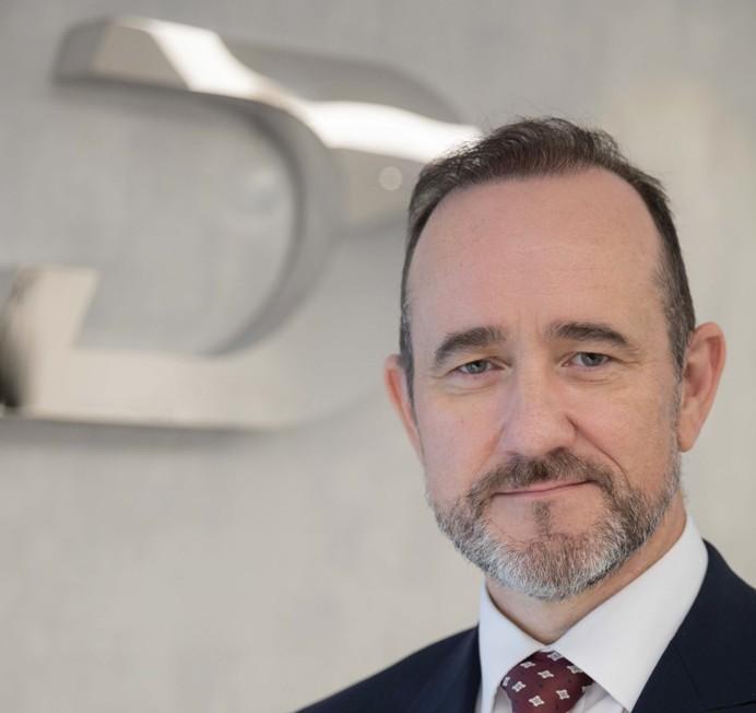 نايل ماكلوغلين، نائب رئيس أول في شركة داماك العقارية